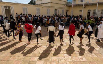 Le Pape invite les jeunes à se mettre au service du bien commun