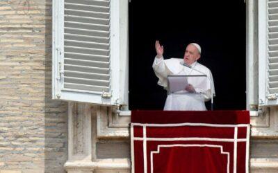 البابا فرنسيس: إنَّ جمال الإنجيل يتطلّب منا أن نعيشه ونشهد له في الوئام بيننا